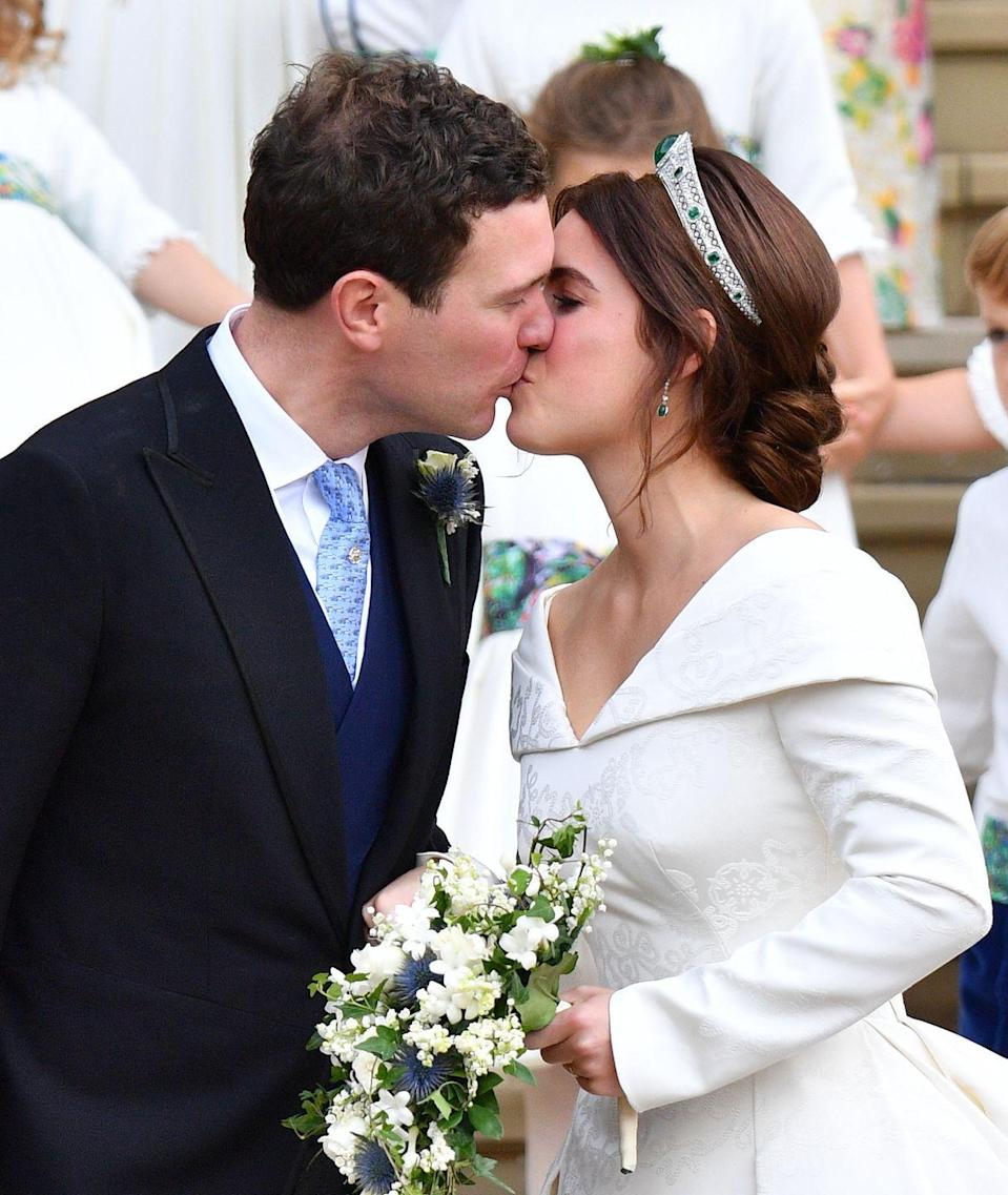 <p>The design showcased a garland that highlighted symbols important to the couple, including a thistle for Scotland (their fondness for Balmoral); a shamrock (Sarah Ferguson's family); and the York Rose and ivy (signifying the couple's home).</p>
