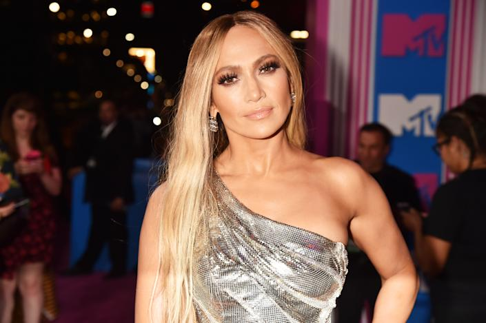 NEW YORK, NY - AUGUST 20:  Jennifer Lopez attends the 2018 MTV Video Music Awards at Radio City Music Hall on August 20, 2018 in New York City.  (Photo by Jeff Kravitz/FilmMagic)