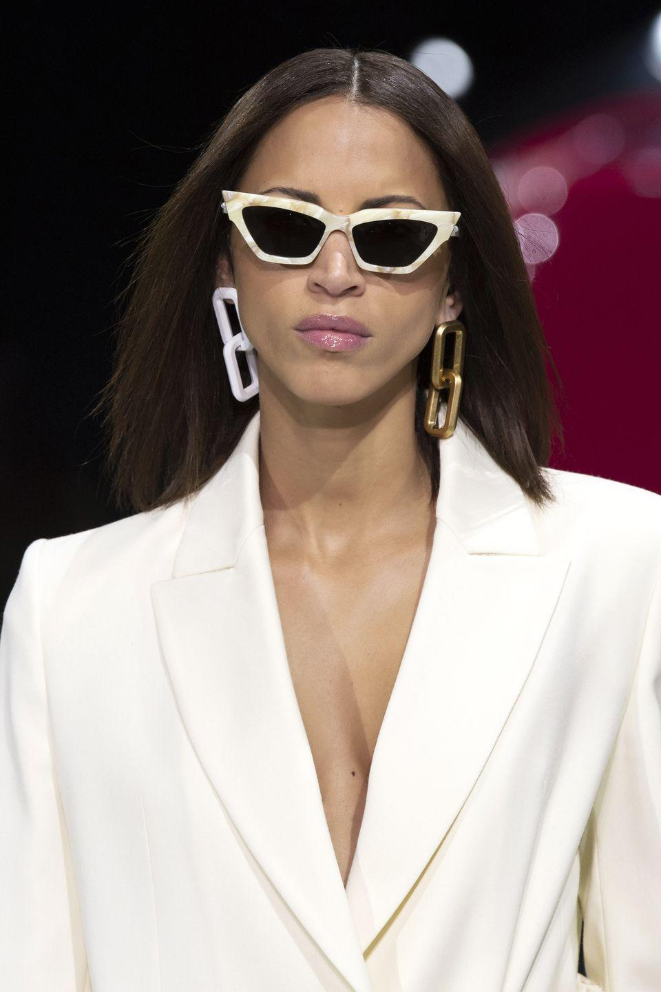 <p>These chains aren't going anywhere, and we aren't mad about it. </p><p><em>Off-White</em></p>