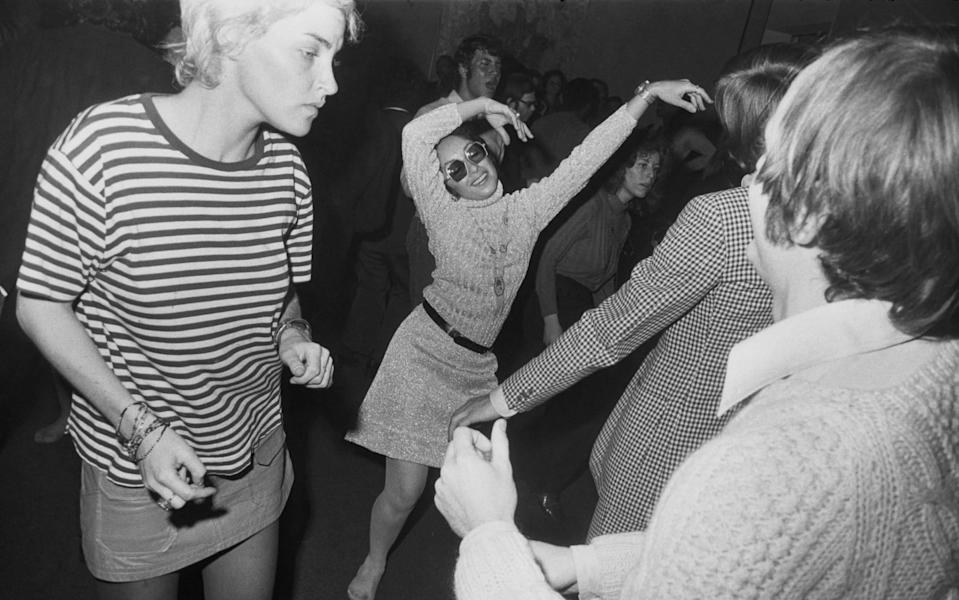 A Garry Winogrand photograph of an opening party at The Museum of Modern Art, New York, 1969, part of Fraenkel Gallery's 'Dancing in the Street' exhibition. - © The Estate of Garry Winogrand, courtesy Fraenkel Gallery, San Francisco