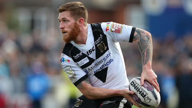 Hull hit Super League summit as Wolves' winning streak ends