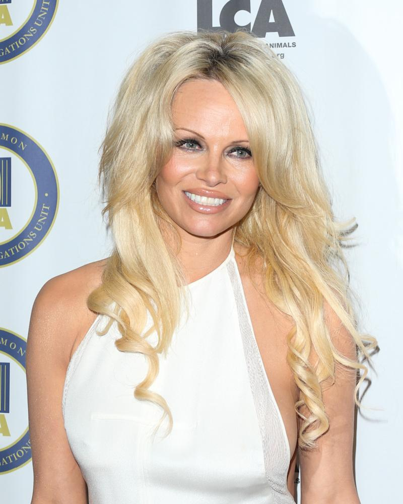 Pamela Anderson says I am CURED!!! from Hepatitis C