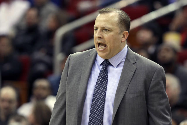 Chicago Bulls coach Tom Thibodeau yells to his players in the first half of an NBA basketball game against the Houston Rockets, Wednesday, Dec. 18, 2013, in Houston. (AP Photo/Pat Sullivan)