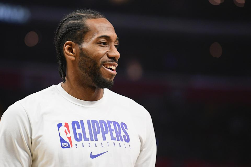 LOS ANGELES, CA - FEBRUARY 05: Los Angeles Clippers Forward Kawhi Leonard (2) looks on before a NBA game between the Miami Heat and the Los Angeles Clippers on February 5, 2020 at STAPLES Center in Los Angeles, CA. (Photo by Brian Rothmuller/Icon Sportswire via Getty Images)