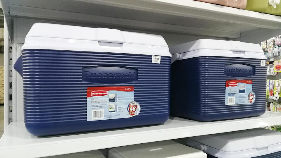 Rubbermaid ice coolers