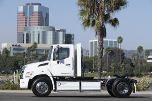 Hino XL7 with Hexagon Purus' battery pack and powertrain integration