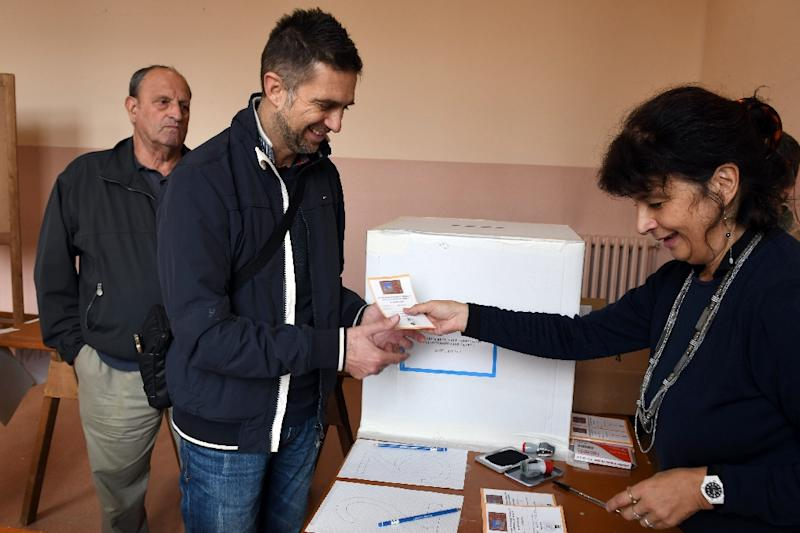 The presidents of Veneto and Lombardy said more than 95 percent of voters who had cast ballots had, as expected, done so to support greater autonomy (AFP Photo/Andrea PATTARO)