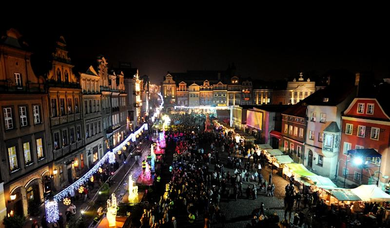 Poznan, Poland, whose historic Old Market Square is pictured December 6, 2008, was the scene of one of the overwhelmingly Catholic country's first-ever mass public demonstrations by Muslims on November 29, 2015 (AFP Photo/Joe Klamar)