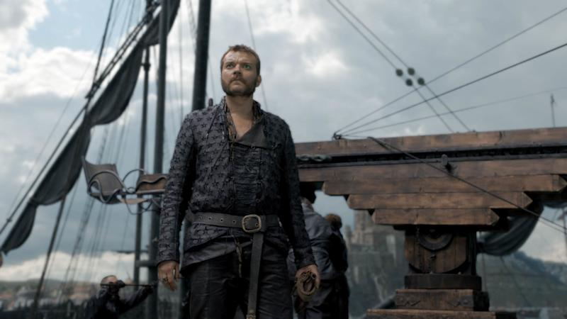 Euron Greyjoy (Pilou Asbæk) watches the skies in 'Game of Thrones' (Photo: HBO)