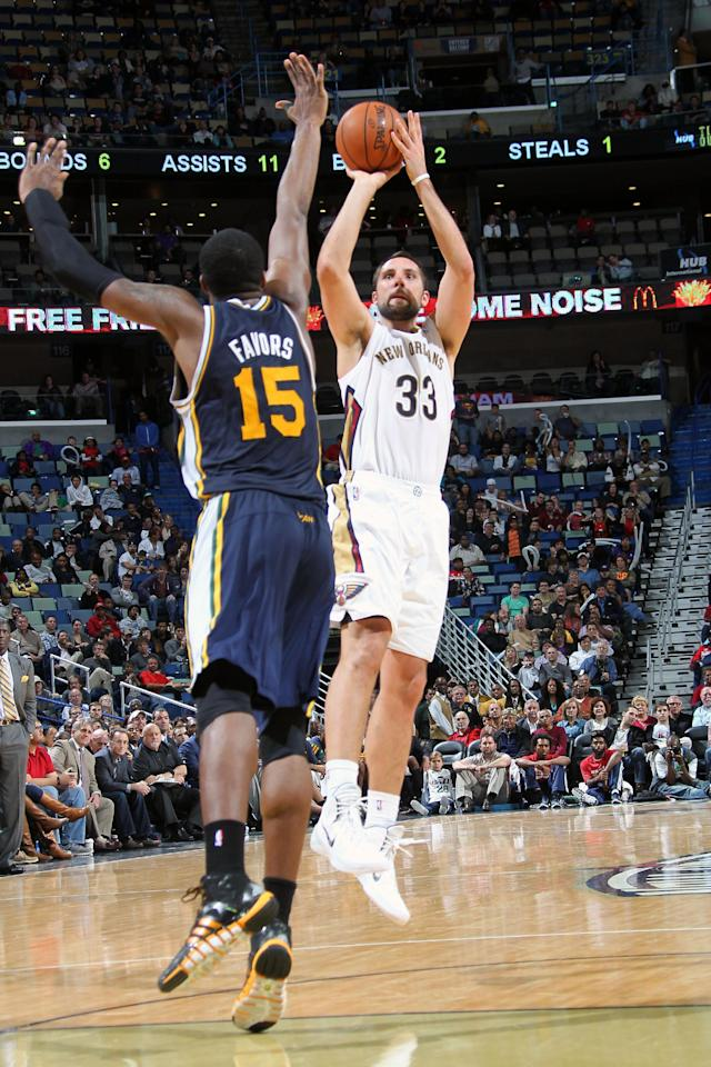 NEW ORLEANS, LA - NOVEMBER 20: Ryan Anderson #33 of the New Orleans Pelicans shoots against the Utah Jazz on November 20, 2013 at the New Orleans Arena in New Orleans, Louisiana. (Photo by Layne Murdoch Jr./NBAE via Getty Images)