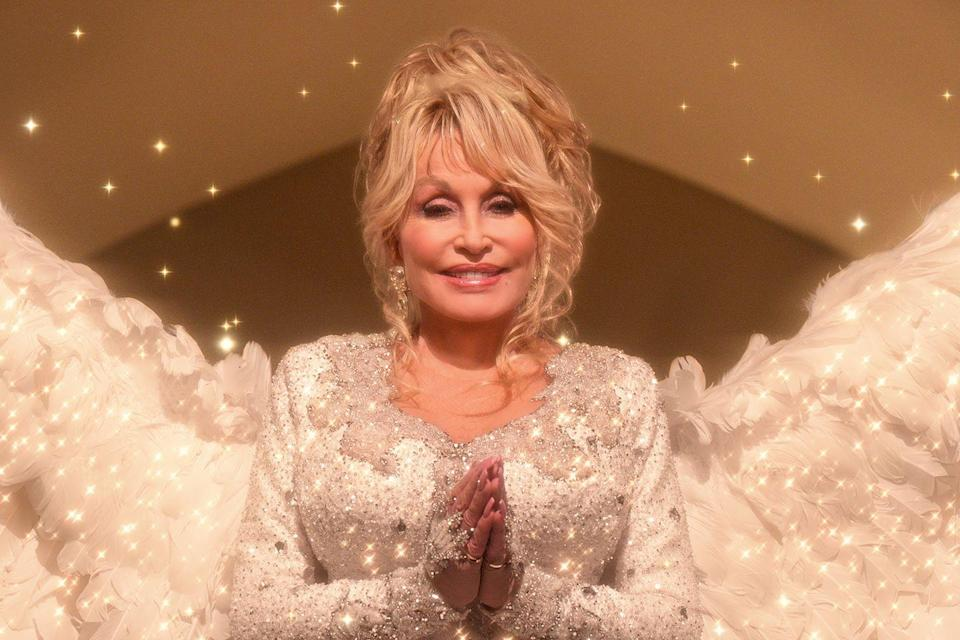 "<p>""Find out who you are and do it on purpose."" <br><br>Dolly Parton, from a tweet in 2015</p>"