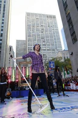 Singer Taylor Swift rehearses before her appearance on NBC's 'Today' show in New York, October 26, 2010.