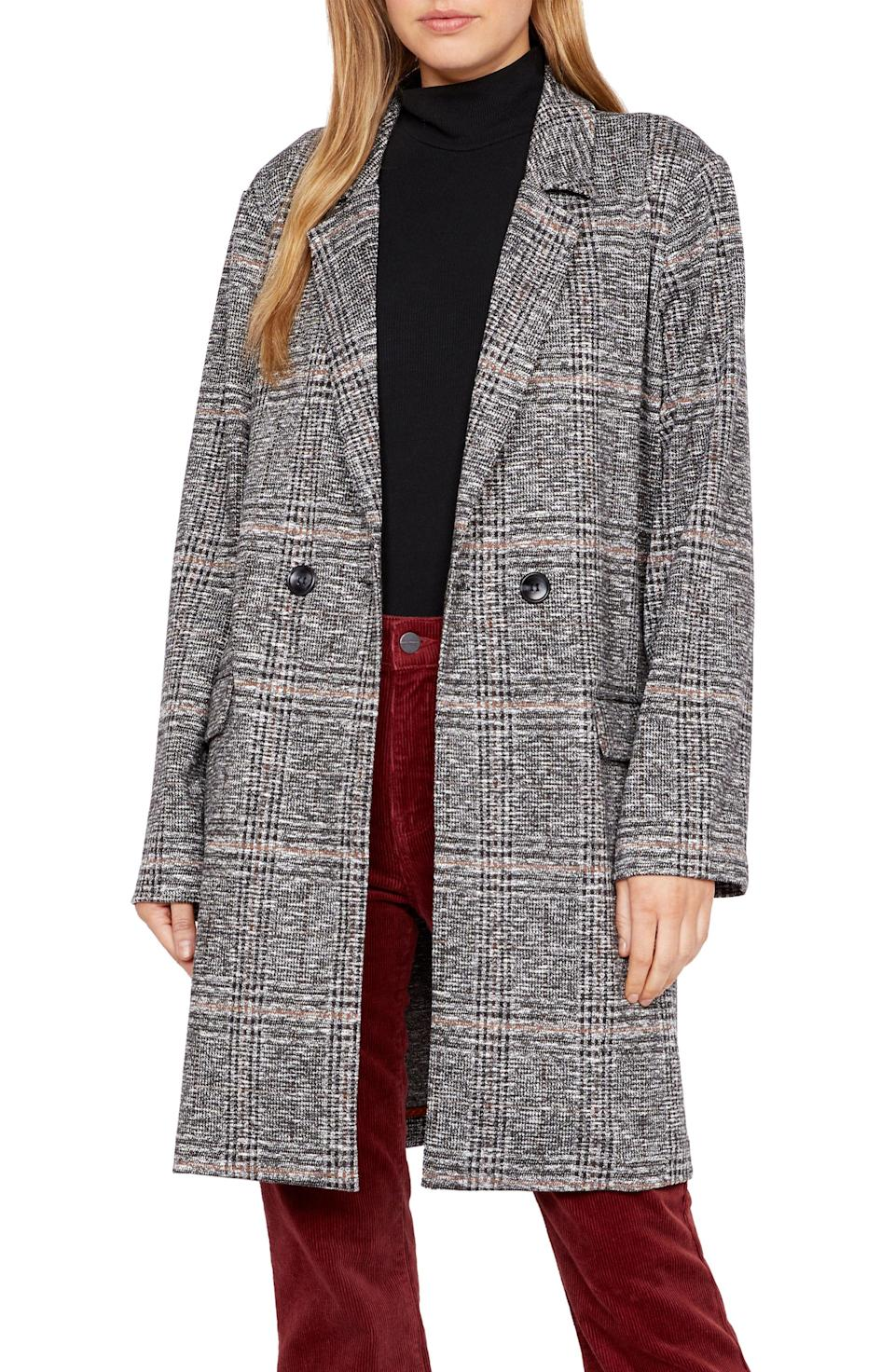 """<p><strong>SANCTUARY</strong></p><p>nordstrom.com</p><p><strong>$149.00</strong></p><p><a href=""""https://go.redirectingat.com?id=74968X1596630&url=https%3A%2F%2Fwww.nordstrom.com%2Fs%2Fsanctuary-carlyle-plaid-jacket%2F5704536&sref=https%3A%2F%2Fwww.cosmopolitan.com%2Fstyle-beauty%2Ffashion%2Fg28749279%2Ftypes-of-coats%2F"""" rel=""""nofollow noopener"""" target=""""_blank"""" data-ylk=""""slk:Shop Now"""" class=""""link rapid-noclick-resp"""">Shop Now</a></p><p>Like the name suggests, these are a longer overcoat style and have a sleek, simple silhouette. This one with its single button, knee-length, and plaid print is undoubtedly chic. </p>"""