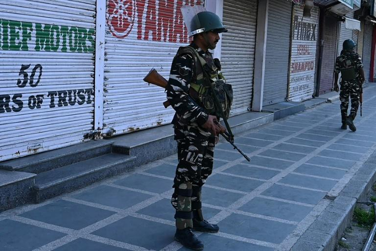 Kashmir has been split between India and Pakistan since 1947 (AFP Photo/Tauseef MUSTAFA)