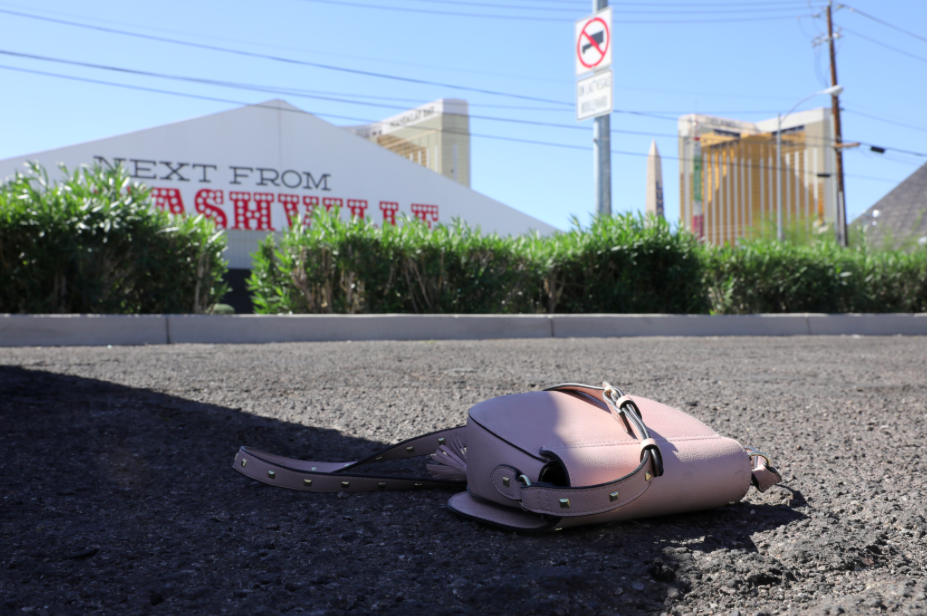 <p>A handbag lies on the floor the day after the deadly shooting. (Retuers) </p>