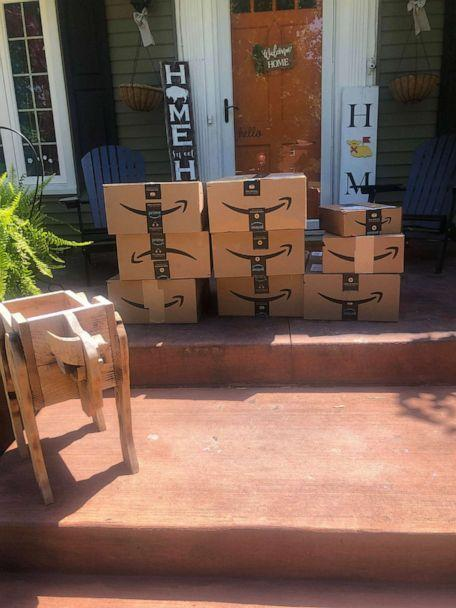 PHOTO:  Jillian Cannan received around 150 packages from Amazon at her Buffalo, New York, home. (Courtesy Jillian Cannan)