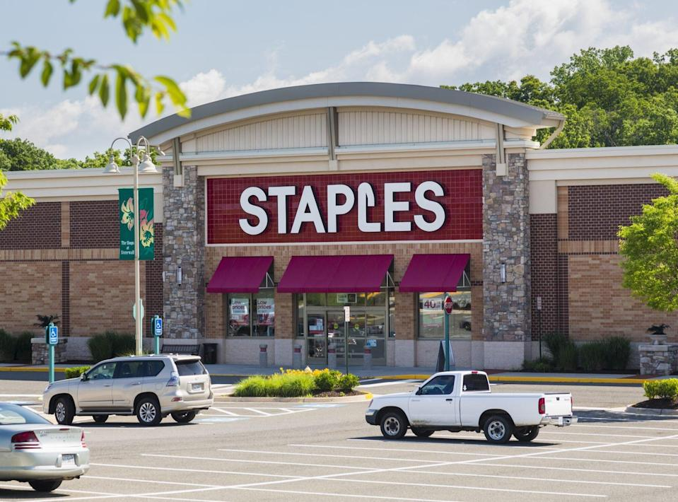 Entrance to large Staples Office Supply store in Gainesville, Virginia, USA