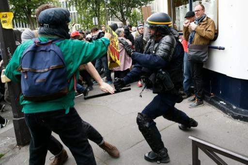 French police to protest against 'anti-cop hatred'