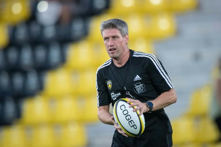 Ronan O'Gara took over from ex-New Zealand back-rower Jono Gibbes as La Rochelle director of rugby this summer (AFP/XAVIER LEOTY)