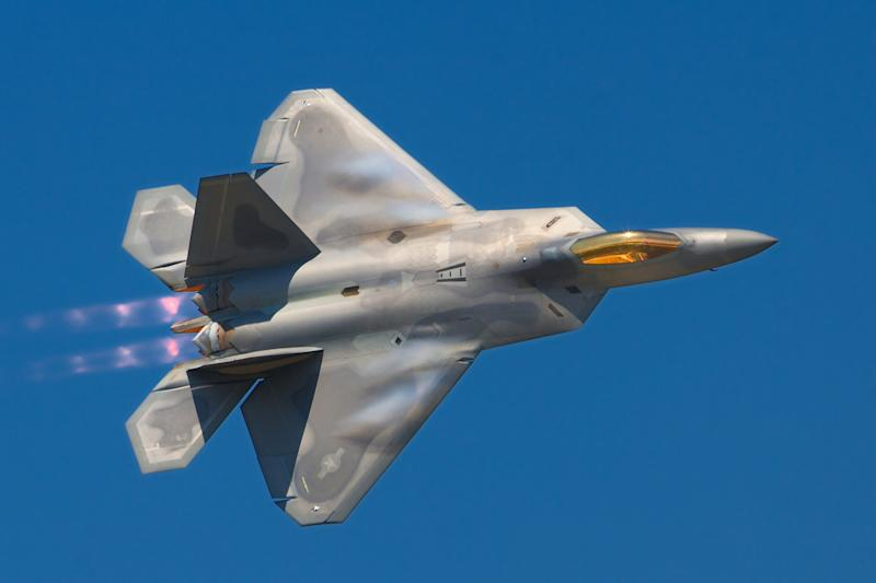 Lockheed Martin Wants To Merge An F 22 And F 35 Into 1 Fighter For Japan. It  Wonu0027t Happen.