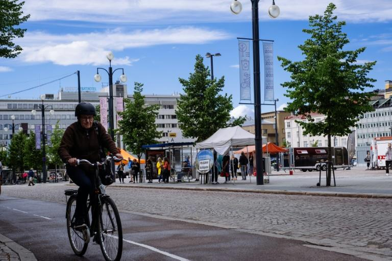 Finnish town offers prizes to turn residents green