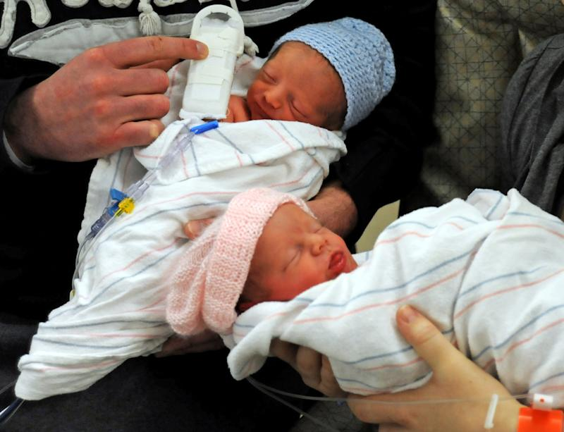 Study: Most twins can be born without a C-section