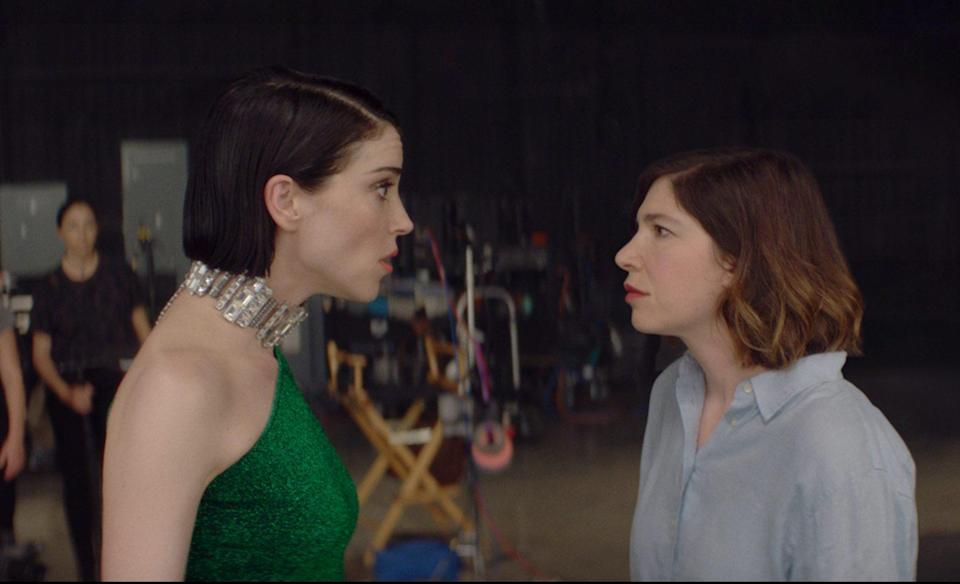 """St. Vincent and Carrie Brownstein in """"The Nowhere Inn"""" - Credit: Courtesy of IFC Films"""