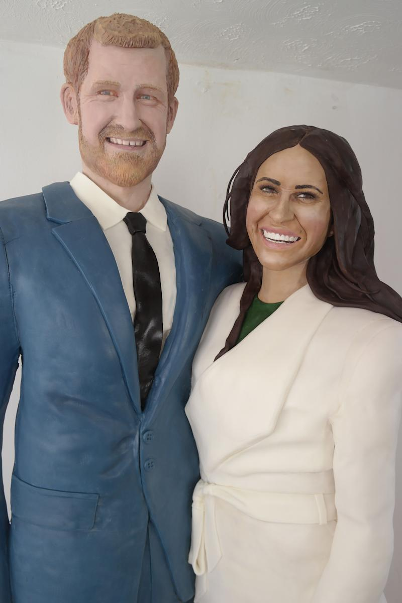"""Cake artist Lara Mason said creating the couple's faces was both the most difficult and most fun part of the process. (Photo: <a href=""""https://www.facebook.com/LaraMasonCakeArt/"""" target=""""_blank"""">Lara Mason</a>)"""