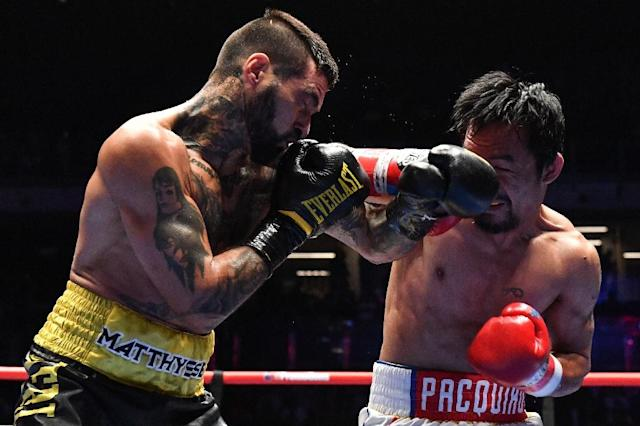Challenging Filipino great Manny Pacquiao (right) proved a step too far for Argentine Lucas Matthysse (AFP Photo/Mohd RASFAN)