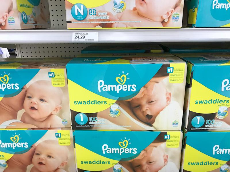 A number of nonprofits are giving out diapers during the government shutdown to families in need, but some can't keep up with demand. (Photo: ASSOCIATED PRESS)