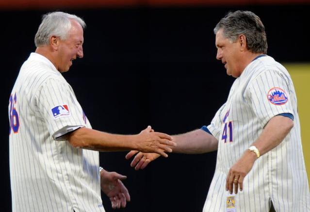 Former New York Mets pitchers Jerry Koosman and Tom Seaver shake hands during a celebration of the 40th anniversary of their 1969 World Championship in New York