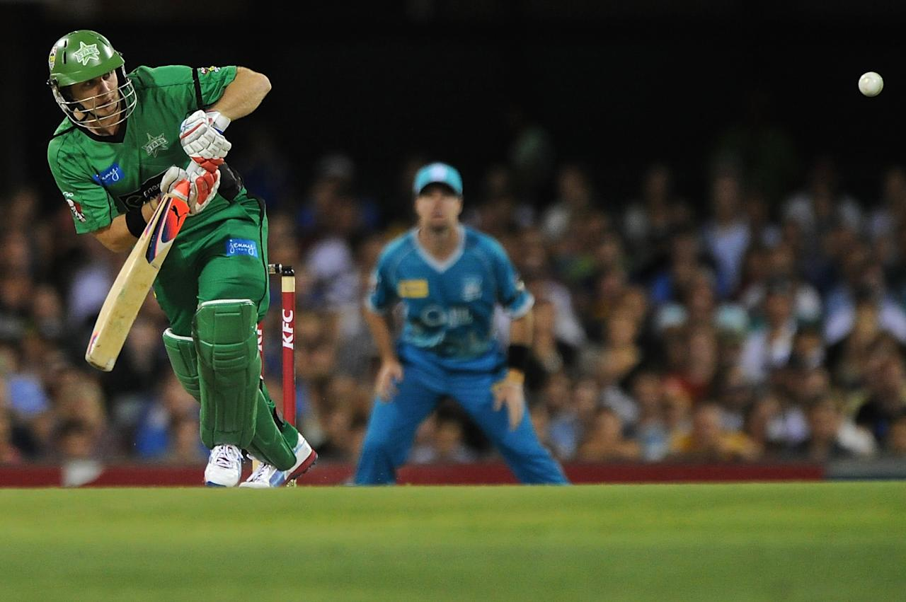 BRISBANE, AUSTRALIA - JANUARY 03:  Luke Wright of the Stars bats during the Big Bash League match between the Brisbane Heat and the Melbourne Stars at The Gabba on January 3, 2013 in Brisbane, Australia.  (Photo by Matt Roberts/Getty Images)