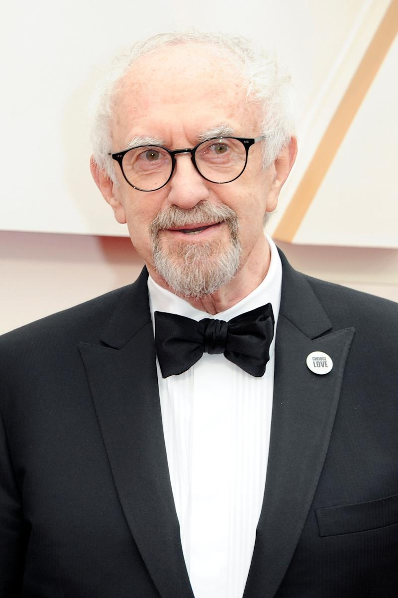 Jonathan Pryce at this year' Oscars (Photo: Barcroft Media via Getty Images)