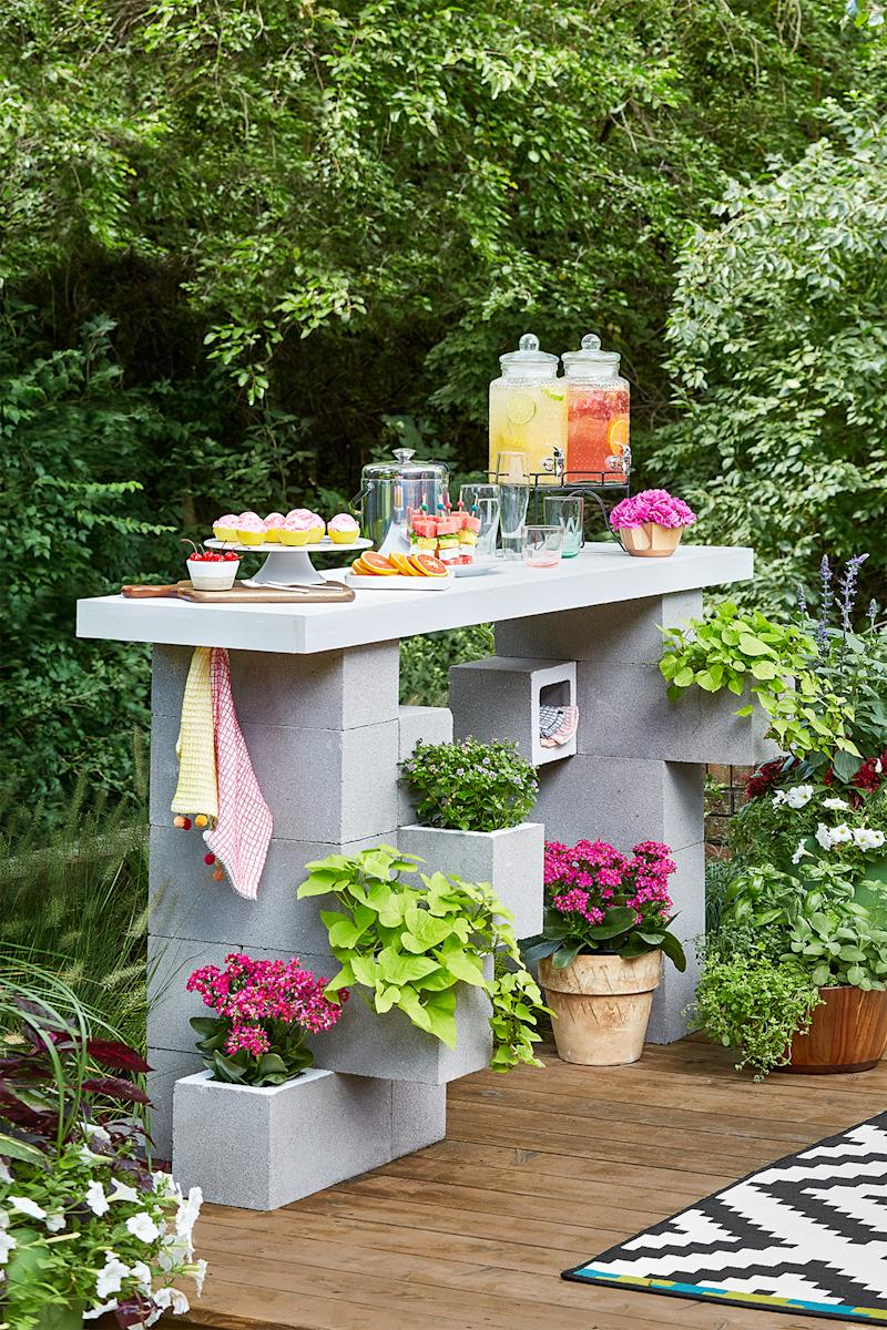 Update Your Porch or Patio with Our Best DIY Outdoor Furniture Ideas