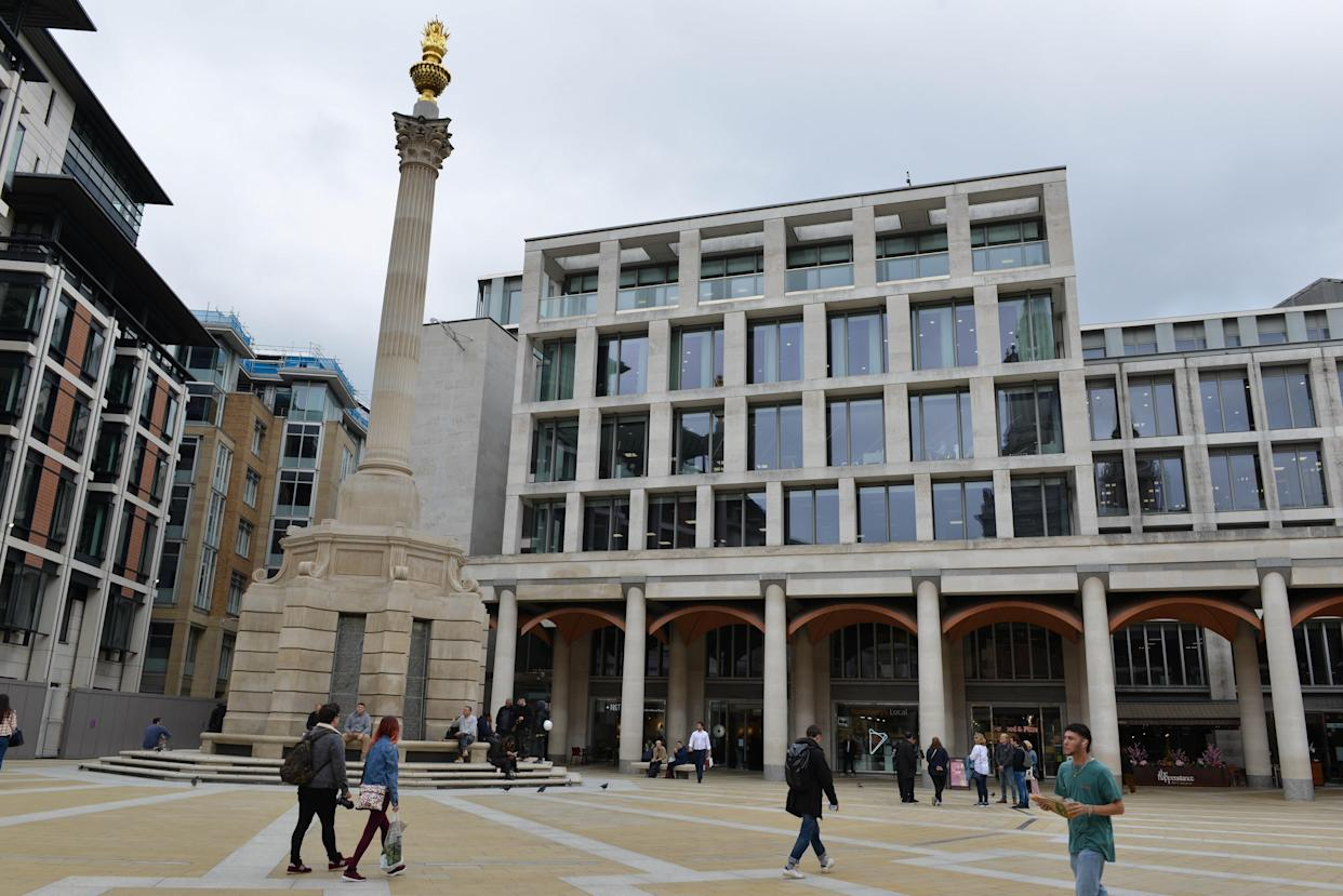 LONDON, UNITED KINGDOM - 2021/10/08: London Stock Exchange headquarters is pictured from Paternoster Square. Bank of England has warned that markets could face sharp correction. (Photo by Thomas Krych/SOPA Images/LightRocket via Getty Images)
