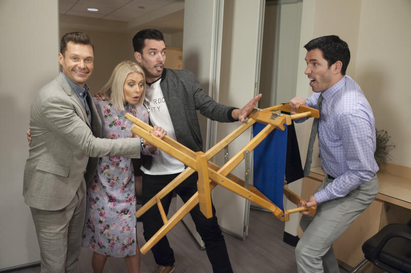 Drew And Jonathan Scott Face Off To Design Dressing Rooms For Kelly Ripa Ryan Seacrest S Live Guest Stars