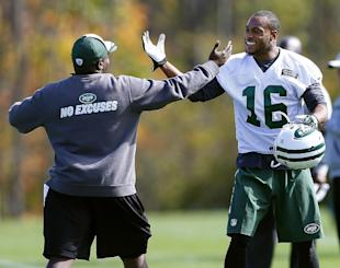 Percy Harvin (16) was welcomed to the Jets with open arms. (AP)