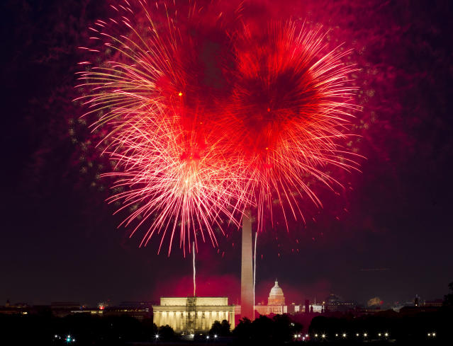<p>Fireworks explode over Lincoln Memorial, Washington Monument and U.S. Capitol, along the National Mall in Washington, Wednesday, July 4, 2018, during the Fourth of July celebration. (Photo: Jose Luis Magana/AP) </p>