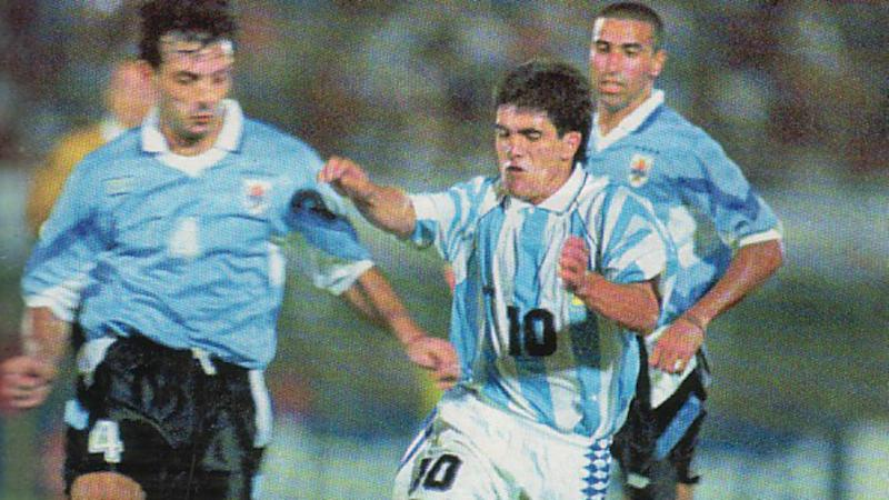 Image result for uruguay vs chile eliminatorias francia 98