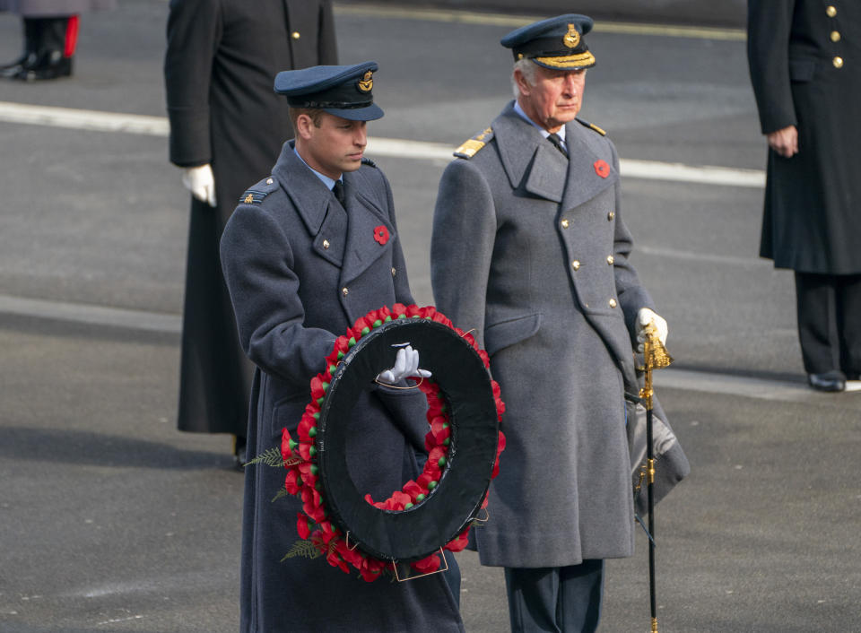 LONDON, ENGLAND - NOVEMBER 08: Prince William, Duke of Cambridge and Prince Charles, Prince of Wales attend the National Service Of Remembrance at the Cenotaph in Westminster, amid the spread of coronavirus (COVID-19) disease on November 8, 2020 in London, England. Remembrance Sunday services are still able to go ahead despite the covid-19 measures in place across the various nations of the UK. Each country has issued guidelines to ensure the safety of those taking part.  (Photo by Arthur Edwards - WPA Pool/Getty Images)