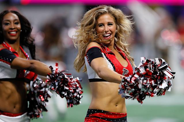 <p>An Atlanta Falcons cheerleader performs during the first half against the Minnesota Vikings at Mercedes-Benz Stadium on December 3, 2017 in Atlanta, Georgia. (Photo by Kevin C. Cox/Getty Images) </p>