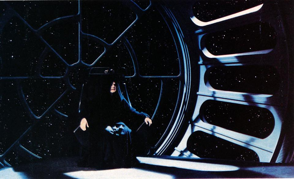 Ian McDiarmid as Emperor Palpatine in <em>Return of the Jedi</em>. (Photo: Mary Evans/Ronald Grant/Lucasfilm/Everett Collection)
