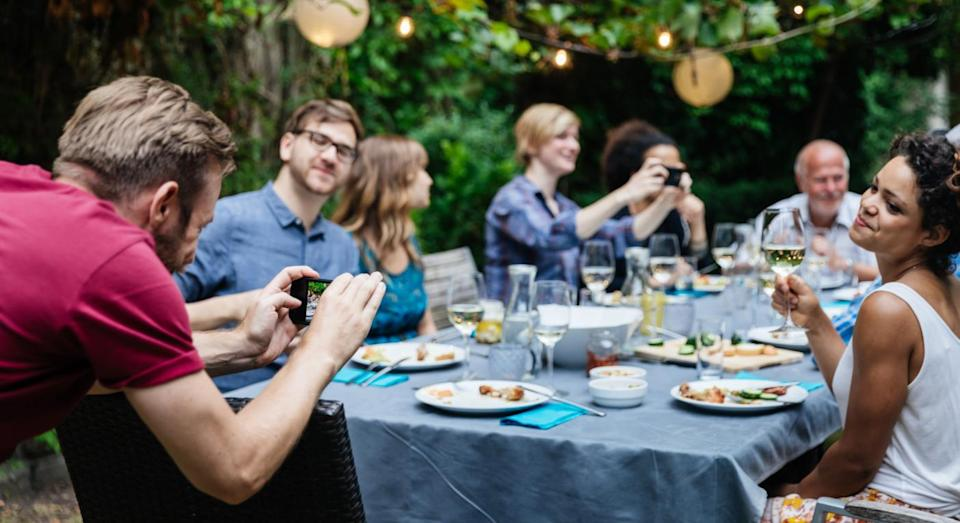 """A woman questions how mad she should be after her sister told her she couldn't come to her BBQ because she was """"too fat"""". [Photo: Getty]"""
