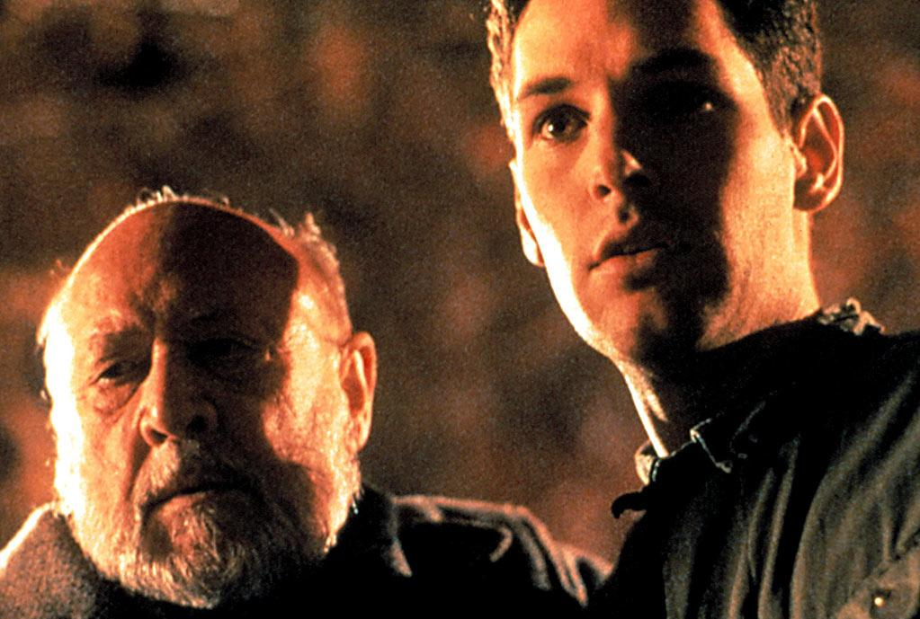 """ACTOR: <a href=""""http://movies.yahoo.com/movie/contributor/1800018571"""">Paul Rudd</a>  MOVIE: """"Halloween: The Curse of Michael Myers"""" (1995)    Paul Rudd appeared in this sixth sequel to the hoary Halloween franchise just before hitting it big with """"Clueless."""" He played the grown-up version of the kid from the first movie who is, of course, haunted by memories of a masked mass murderer. The shoot was famously fraught, with the director and producers constantly arguing on set. And when the producers insisted on a complete (and completely unintelligible) reshoot of the ending, many from the movie's cast and crew disavowed the flick. The reviews weren't kind, either. The <a href=""""http://www.sfgate.com/cgi-bin/article.cgi?f=/c/a/1995/10/02/DD40921.DTL#ixzz1bNGubInf"""">San Francisco Chronicle</a> called the movie, """"by far the worst in the series...bland and deadening."""""""