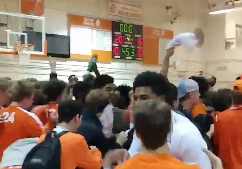 "High school basketball team uses ""stall offense"" to win 20-16, gets predictably roasted on Twitter"