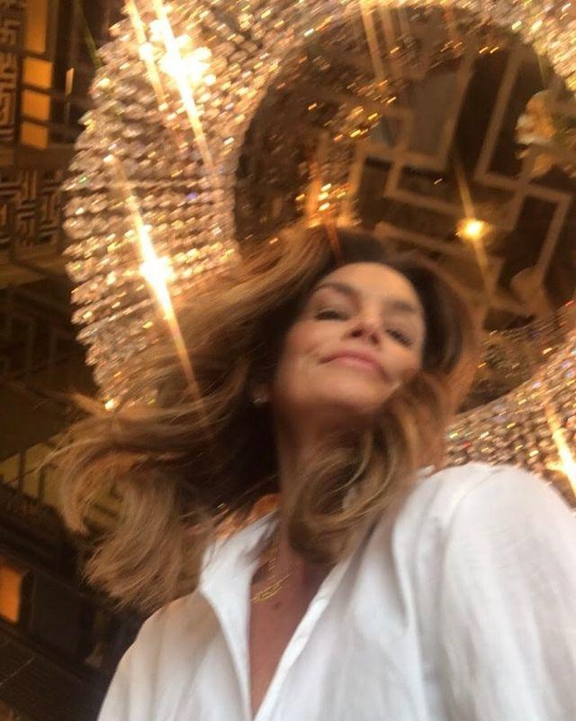 <p>The supermodel is crowdsourcing ideas to make New Year's Eve more fun at home.</p> <p>Any ideas?</p>