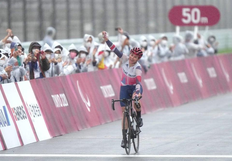 Dame Sarah Storey celebrates winning the gold medal in the women's C4-5 road race at the Tokyo 2020 Paralympic Games (Tim Goode/PA) (PA Wire)