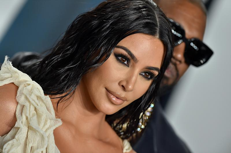 BEVERLY HILLS, CALIFORNIA - FEBRUARY 09: Kim Kardashian West and Kanye West attend the 2020 Vanity Fair Oscar Party hosted by Radhika Jones at Wallis Annenberg Center for the Performing Arts on February 09, 2020 in Beverly Hills, California. (Photo by Axelle/Bauer-Griffin/FilmMagic)