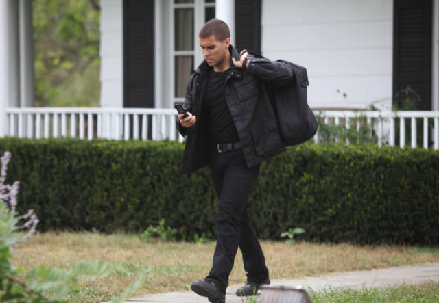 "Hank (guest star Josh Segarra) is one of Joe Carroll's devotees in the ""The Siege"" episode of ""The Following."""