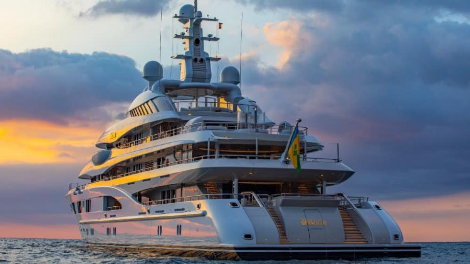 Jennifer Lopez and Ben Affleck Made This 280-foot Superyacht Valerie Famous